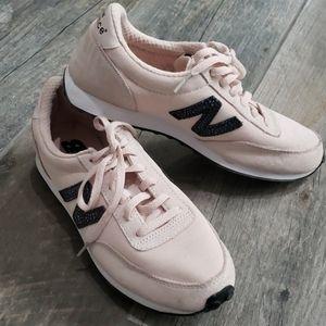 EUC New Balance Blush Tennis Shoes